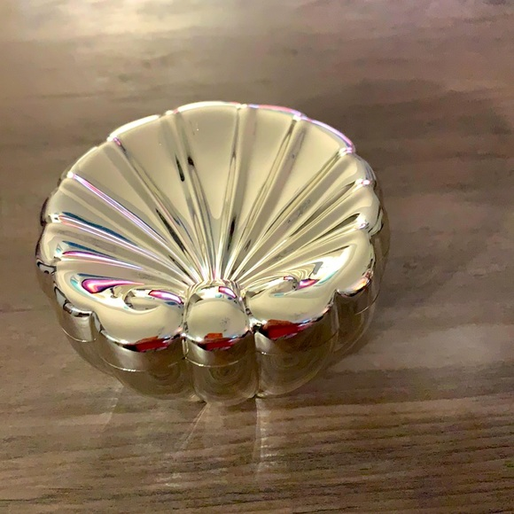 QVC silver keeper for jewelry